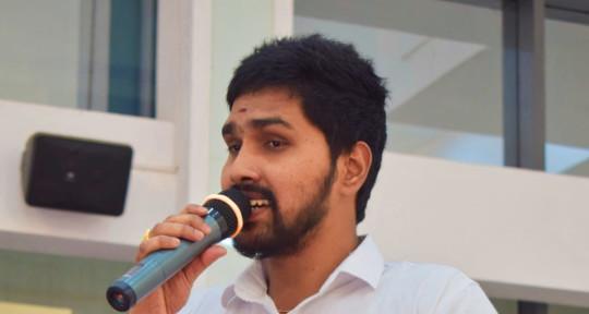 Lead Vocalist,Singer,Guitarist - Vinod Kumar Singer