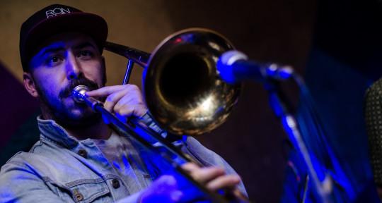 Trombonist  - Machingo