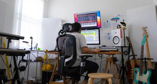 Indie Music Producer - Sherman Xu
