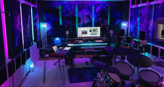 Producer - Mixer & Remixer - Dj CutWolf