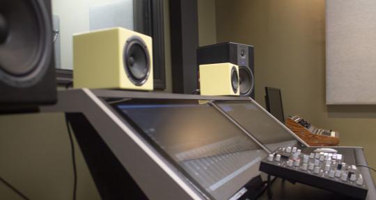 Recording Mixing Mastering  - Musiq Touch Recording Studio