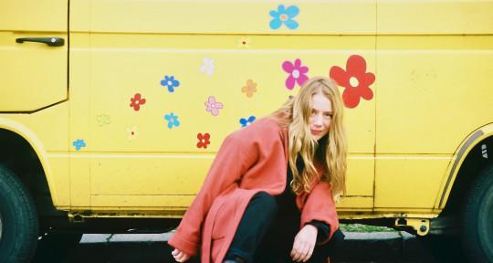 singer/songwriter - Hailey Collier