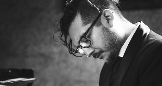 Session Pianist & Composer - Danilo Dawson