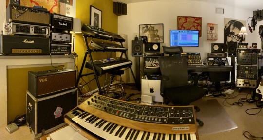 Mix engineer - Joey Rube
