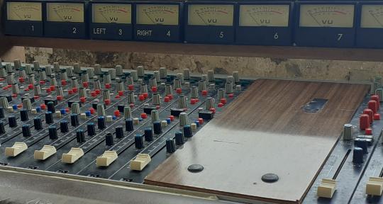 Remote mixing and production - Lucio Leoni