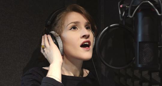 Versatile Multilingual Singer - Mioune