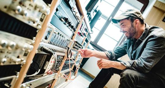 Mixing Engineer - Friedrich Stoermer