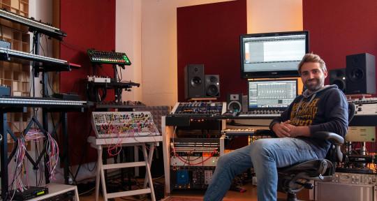 Mixing/SoundDesign/Recording - Laurens van de Loo