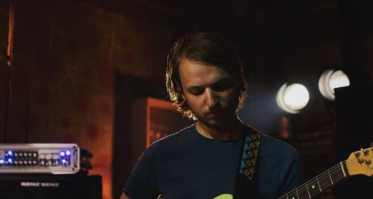Musician and Music Producer - Skyline Sun
