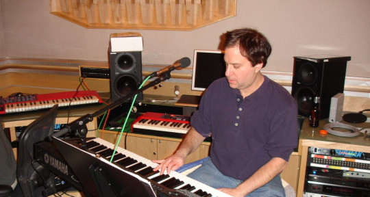 Producer/musician - Lonnie Leibowitz