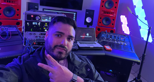 Mixing Engineer  - Misael Velis