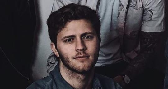 Music Producer/Keyboardist - Scotty Plonsker