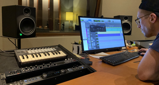 Music producer - Mix engineer - Tomas De Carli