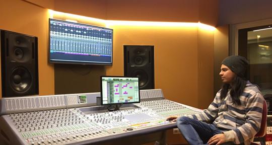 Remote Mixing & Mastering - Max Ventura