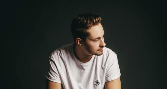 Music Producer - Leonail