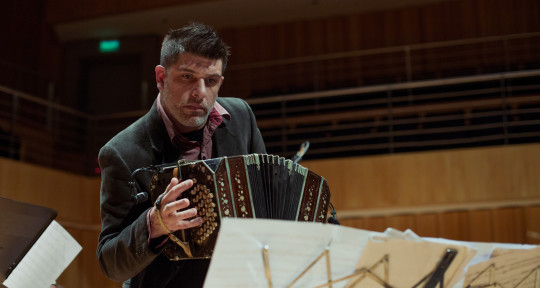 Bandoneon player, composer. - Daniel Ruggiero