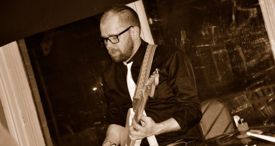 Composer, Session Guitarist - Andrew Kemp