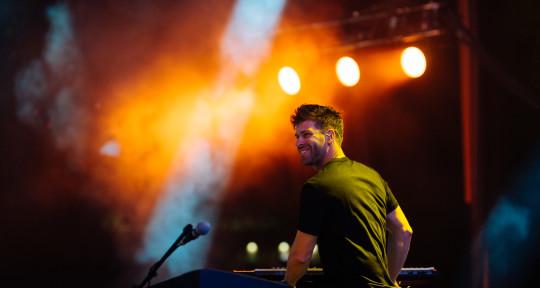 #1 Billboard Keyboard/Piano - Kit Nolan