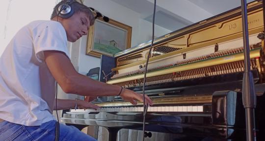 Piano/Keyboards/Arranger - Giulio Gianni II