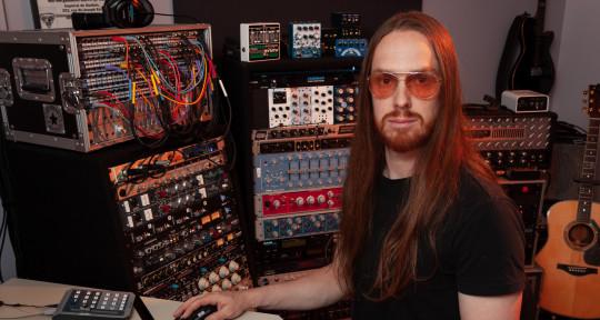 Mixing | Mastering Engineer - Raynald Brochu