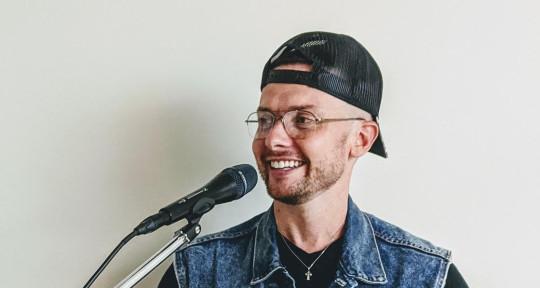 English/Spanish Session Singer - Michael Lynch