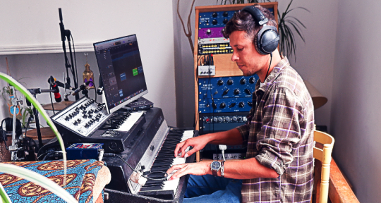 - Get Sounds into Ears -  - Daniel Ellenberg