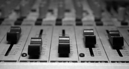 Mixing Engineer - Soundproof Bird