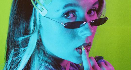 Vocalist/Songwriter/Top Liner - Athena Skye