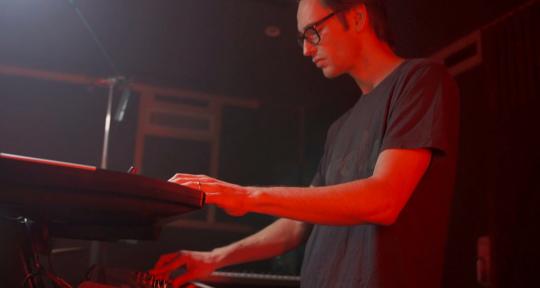 Keyboards & Synths - Casper Tromp