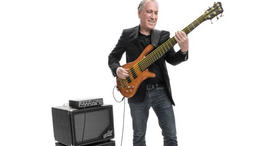 Session bassist - Oscar Stagnaro Bass