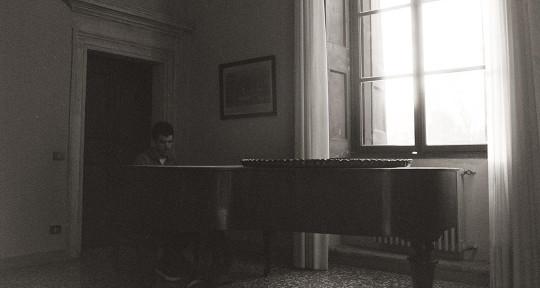 Session Pianist/Composer - Victorio Melloni