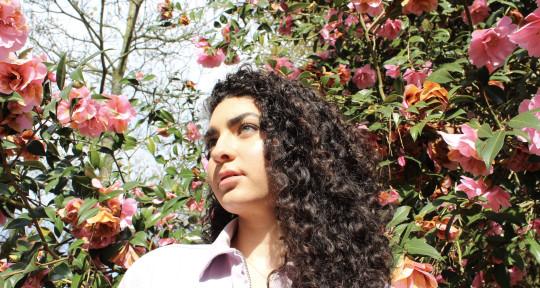 Vocalist/ Songwriter - Eleanor Marie