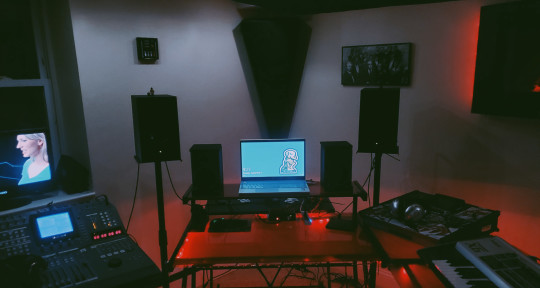 Recording Studio, Music Prod. - Ill Smith, Eww Architeckt Stds