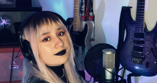 Music producer  - Paola Camelo
