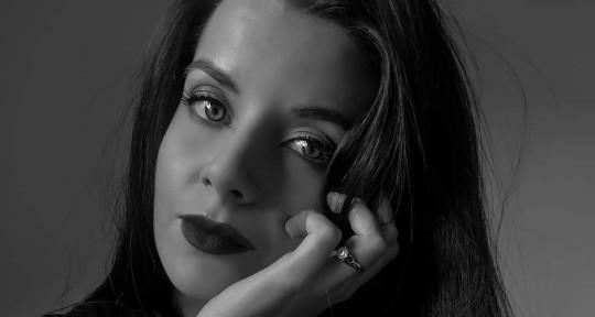 Session Singer | Metal Vocals - Claudia Folliero