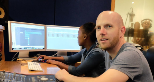 Mixing & Recording Engineer  - Bob Thorpe