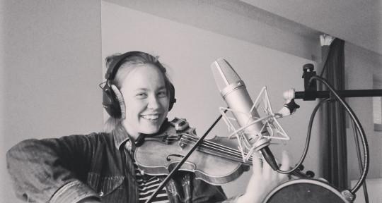 studio violinist, songwriter - Lucie Paradis