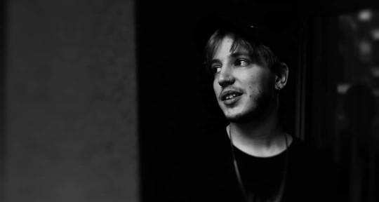 Music Producer, Audio Engineer - Erik Helmers