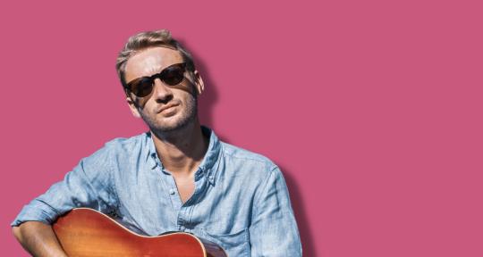 Pop Rock Vocalist | Guitarist - Tom Wardle