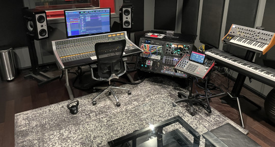 Producer/ Mixing/ Mastering - frequencyexclusive