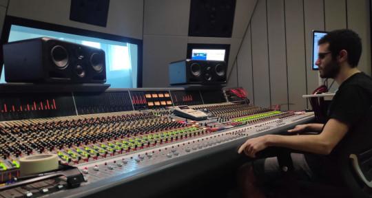 mixing engineer - Roy levi