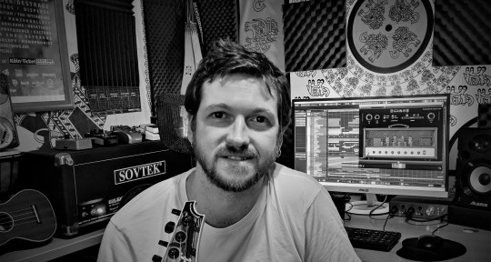 """""""Composer"""", """"Remote Mixing"""" - Javi Robles"""