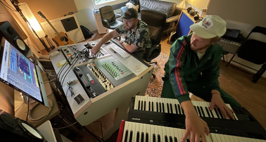 Pianoman, Keys, Synthesizer - Christian Raffael Dücker