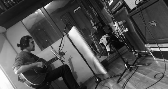 Producer / Mixing engineer - Alex Rigueiro / Avi Kytes