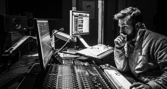 Mixing & Mastering Engineer - Oznofa Music
