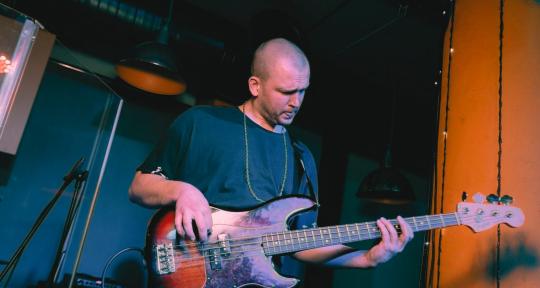 RECORD BASS LINE & BASS SYNTH - Michael Polivanov