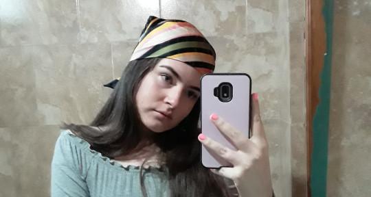 Escritora y compositora - Juliana Avila
