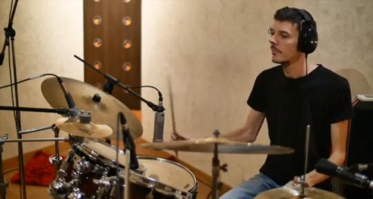Neo Soul Session Drummer - Rafael Ruiz