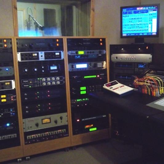 Razor's Edge Sound on SoundBetter