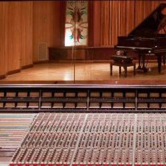 Estudios Panda on SoundBetter